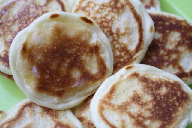 Pancake eaters 014