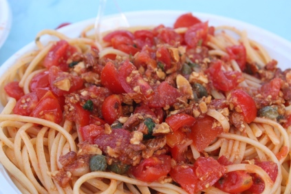 Tomato and almond pasta